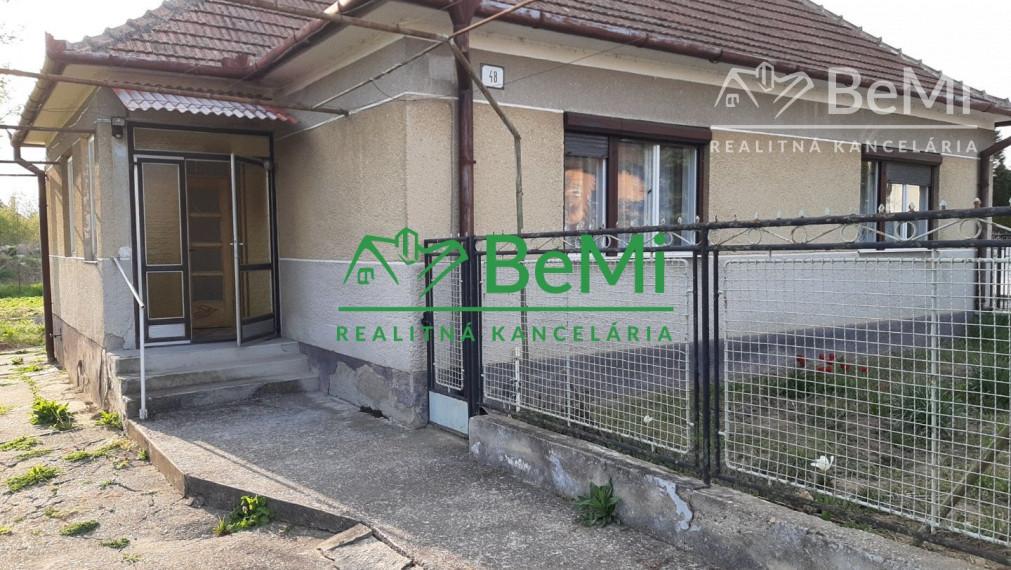 Rodinný dom na predaj - Rišňovce (005-12-JATAa)