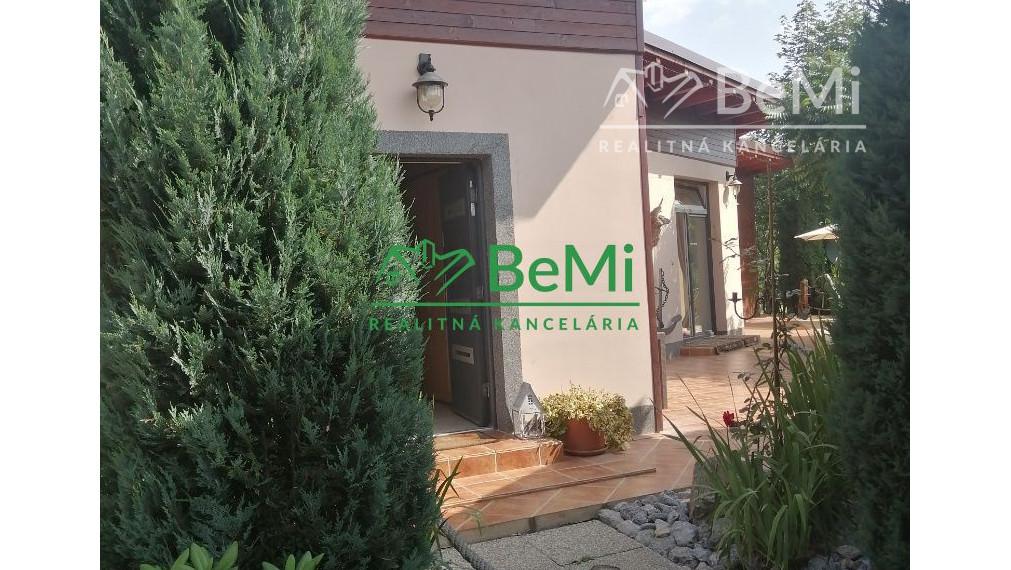 Predaj: Veľkorysý bungalov v obci Olešná